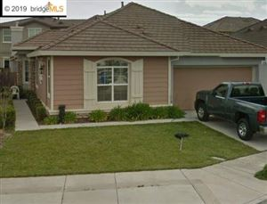 Photo of 101 CRATER LAKE CT, OAKLEY, CA 94561 (MLS # 40854158)