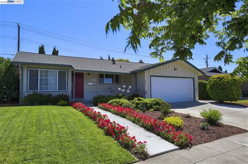 Photo of 46898 Crawford St, FREMONT, CA 94539 (MLS # 40912166)