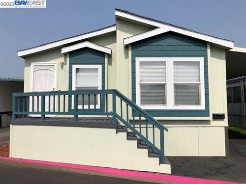 Photo of 123 Mars Ave, HAYWARD, CA 94544 (MLS # 40922167)