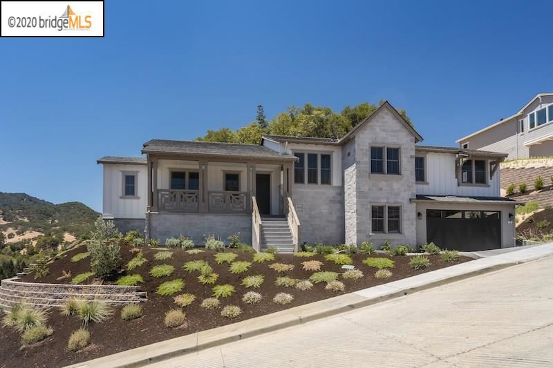 Photo of 209 Seclusion Valley Way, LAFAYETTE, CA 94549 (MLS # 40913167)