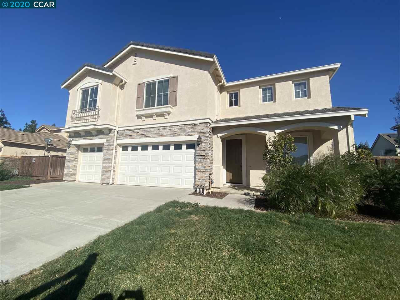Photo for 140 FAHMY ST, BRENTWOOD, CA 94513-4014 (MLS # 40900168)