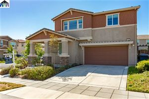 Photo of 248 W Bonner Dr, MOUNTAIN HOUSE, CA 95391 (MLS # 40880171)