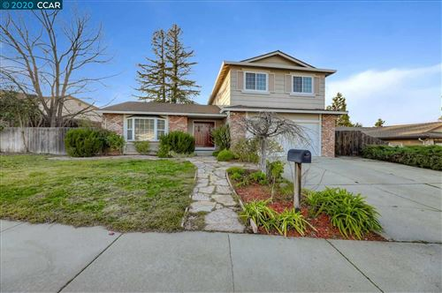 Photo of 2110 Silverado Dr, ANTIOCH, CA 94509 (MLS # 40893171)