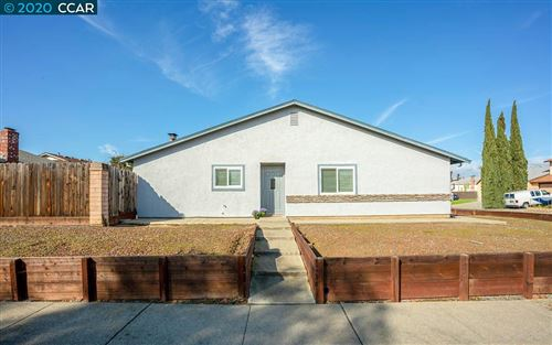Photo of 501 Lisa Ann Ct, BAY POINT, CA 94565 (MLS # 40893172)