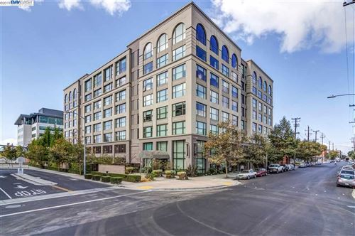 Photo of 311 2Nd St #616, OAKLAND, CA 94607 (MLS # 40890173)