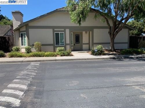Photo of 1450 Tanager Cm, FREMONT, CA 94555 (MLS # 40912174)