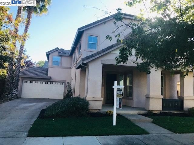 Photo of 552 Young Dr, BRENTWOOD, CA 94513-0000 (MLS # 40925174)