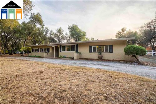 Photo of 3720 Ponderosa, SHINGLE SPRINGS, CA 95762-8720 (MLS # 40930175)