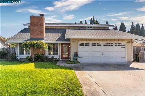 Photo of 7768 Hermitage Ave, NEWARK, CA 94560 (MLS # 40926176)