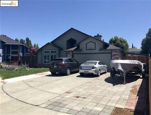 Photo of 640 Chandon Ct, OAKLEY, CA 94561 (MLS # 40915182)