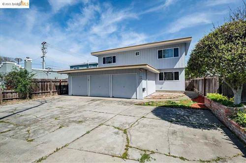 Photo of 214 BANCROFT, SAN LEANDRO, CA 94577 (MLS # 40943182)