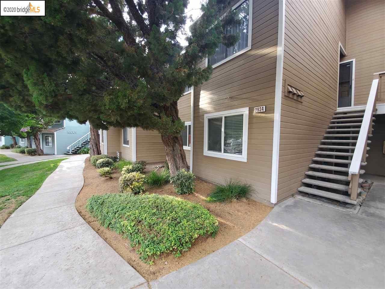 Photo of 2934 Winding Ln, ANTIOCH, CA 94531 (MLS # 40912182)