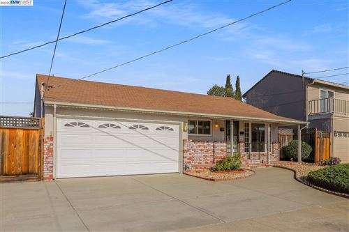 Photo of 3480 CARRILLO DR, SAN LEANDRO, CA 94578 (MLS # 40927185)