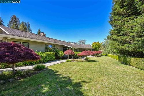 Photo of 14 Saddleback Ct, DANVILLE, CA 94506 (MLS # 40906187)