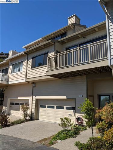 Photo of 5 Treasure Hill, OAKLAND, CA 94618 (MLS # 40923187)