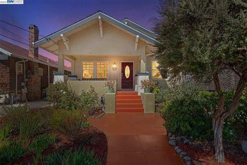 Photo of 3273 Garfield Ave, ALAMEDA, CA 94501 (MLS # 40958187)