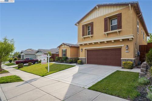 Photo of 5590 Ventry Way, ANTIOCH, CA 94531 (MLS # 40925189)