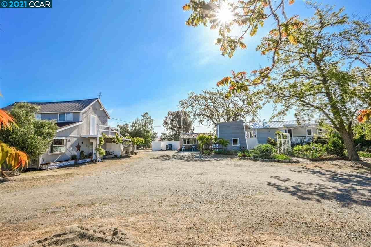 Photo for 3726 May School Rd, LIVERMORE, CA 94551 (MLS # 40946190)