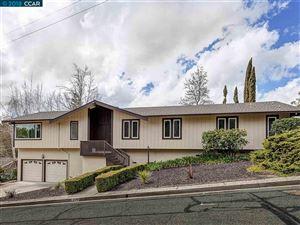 Photo of 790 Crossbrook Dr, MORAGA, CA 94556 (MLS # 40814191)