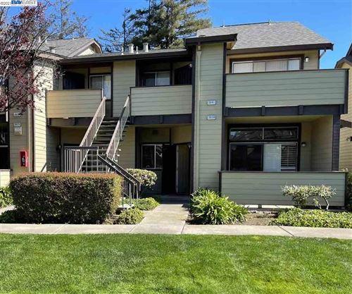 Photo of 3839 WEDGEWOOD St, SAN LEANDRO, CA 94578 (MLS # 40942191)