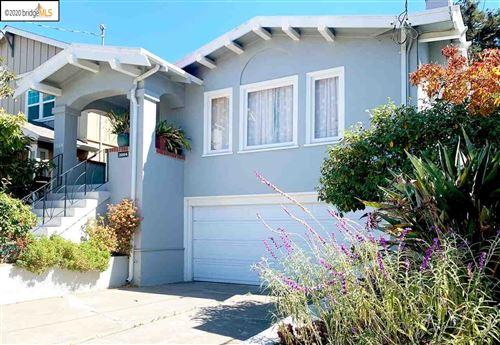 Photo of 3884 Rhoda Ave, OAKLAND, CA 94602 (MLS # 40922193)