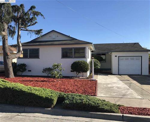 Photo of 1248 Cumberland Ave, SAN LEANDRO, CA 94579 (MLS # 40922194)
