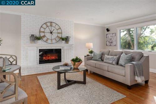 Photo of 640 Logan Lane, DANVILLE, CA 94526 (MLS # 40909197)