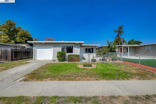 Photo of 36844 Hafner St, NEWARK, CA 94560 (MLS # 40921197)