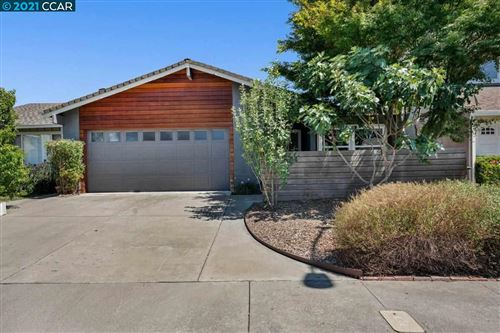 Photo of 4150 Rennellwood Way, PLEASANTON, CA 94566 (MLS # 40959197)