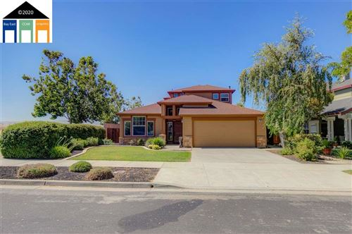 Photo of 1802 Meadow Glen Dr, LIVERMORE, CA 94551 (MLS # 40911199)