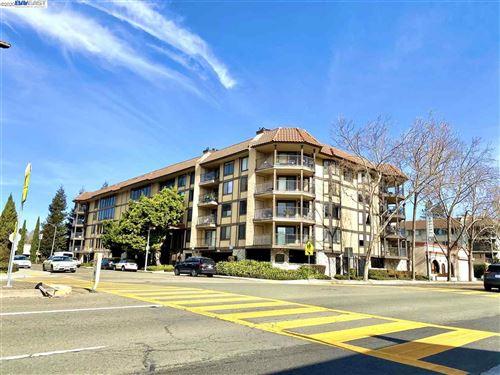 Photo of 1132 Carpentier St #207, SAN LEANDRO, CA 94577 (MLS # 40897202)