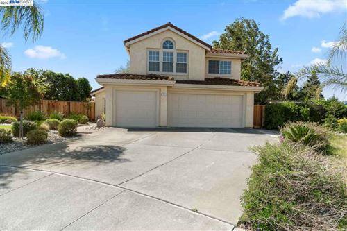 Photo of 1051 Montclair Ct, LIVERMORE, CA 94550 (MLS # 40947202)