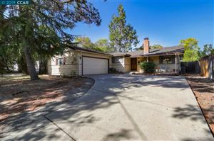 Photo of 410 Kahrs Ave, PLEASANT HILL, CA 94523 (MLS # 40884203)