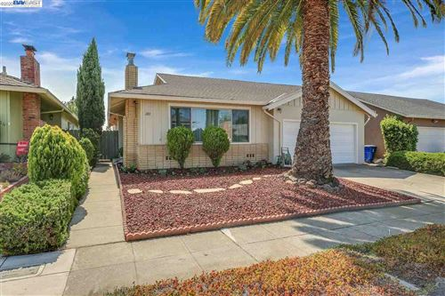 Tiny photo for 2012 Sandcreek Way, ALAMEDA, CA 94501 (MLS # 40922203)