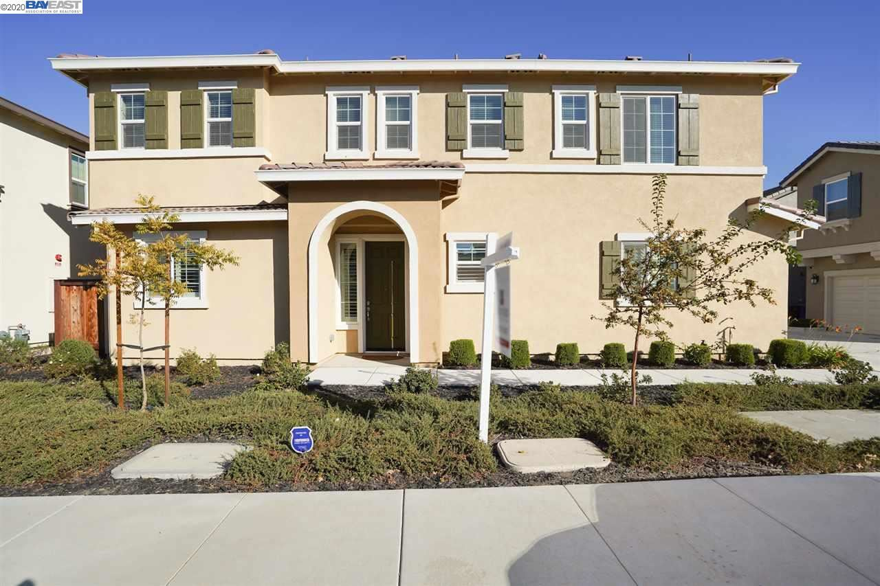 Photo for 41 Havenwood Ct, BRENTWOOD, CA 94513 (MLS # 40927203)