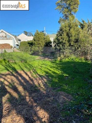 Photo of 464 Carlston St, RICHMOND, CA 94805 (MLS # 40896205)