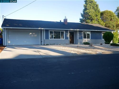 Photo of 1568 Placer Dr, CONCORD, CA 94521 (MLS # 40912206)