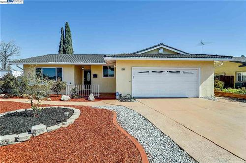 Photo of 2465 Andover Dr, UNION CITY, CA 94587 (MLS # 40940207)