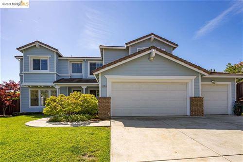 Photo of 2206 Quail Bluff Ln, SAN JOSE, CA 95121 (MLS # 40949207)
