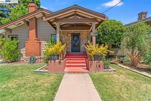 Photo of 1021 San Antonio Ave, ALAMEDA, CA 94501 (MLS # 40958208)