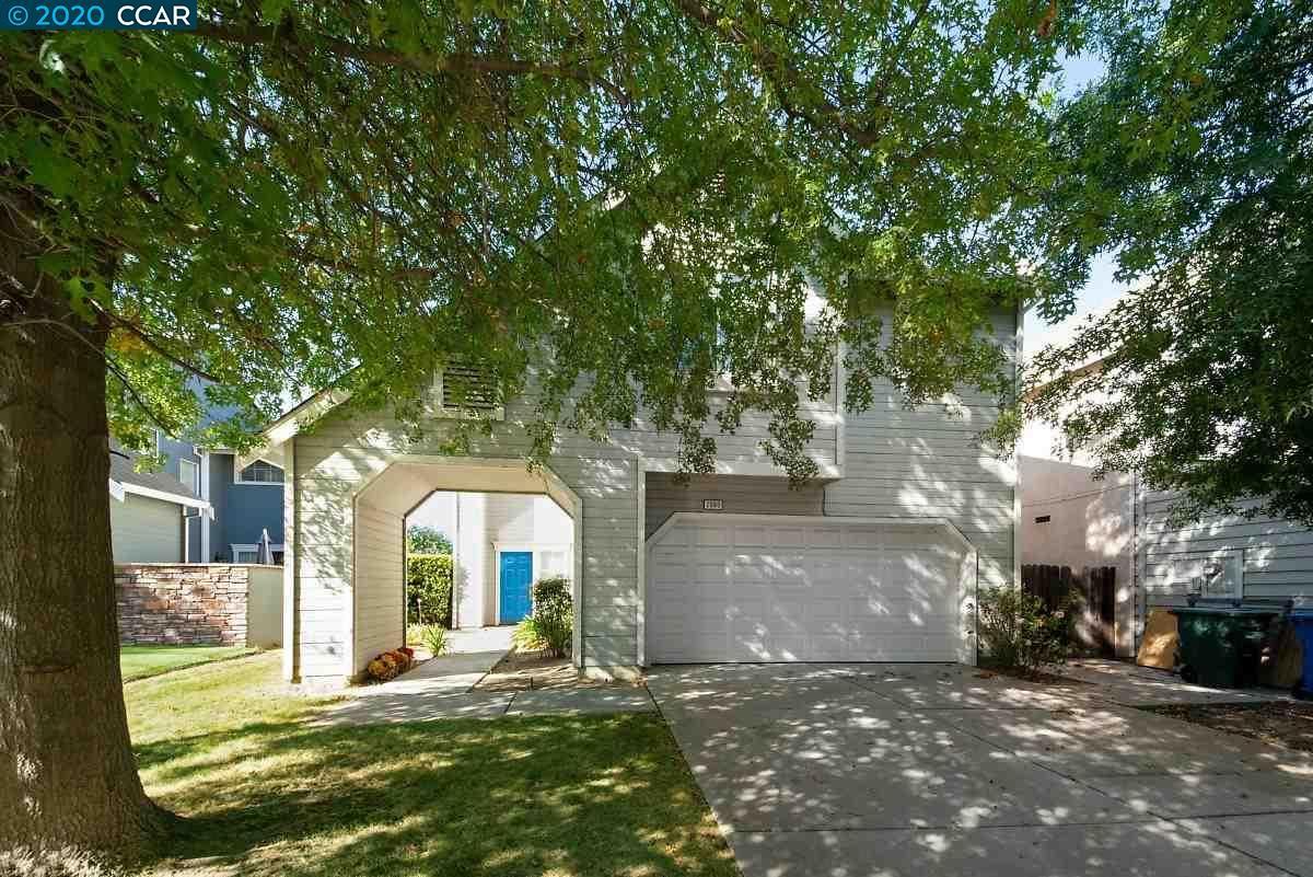 Photo for 2090 Garden Ct, OAKLEY, CA 94561 (MLS # 40922213)