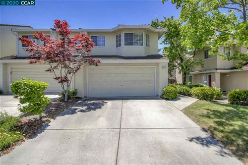 Photo of 5248 Pebble Glen Dr, CONCORD, CA 94521 (MLS # 40907214)