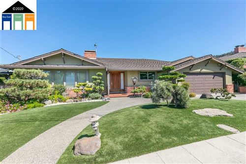 Photo of 2244 Lakeview Dr, SAN LEANDRO, CA 94577-6309 (MLS # 40922214)