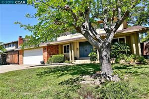 Photo of 1393 Lupine Ct, CONCORD, CA 94521 (MLS # 40870216)