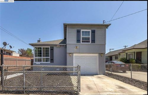 Photo of 1218 75Th Ave, OAKLAND, CA 94621 (MLS # 40911216)