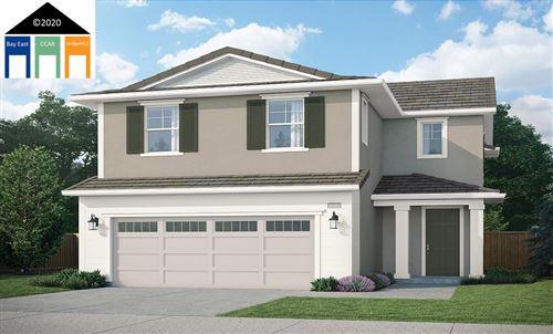 Photo of 162 Leprino Circle, OAKLEY, CA 94561 (MLS # 40929216)