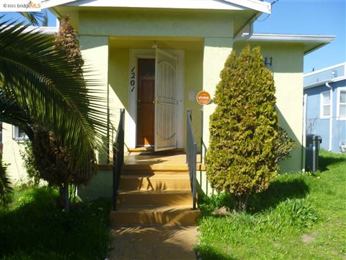 Photo of 1201 62Nd Ave, OAKLAND, CA 94621 (MLS # 40951216)