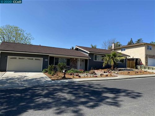Photo of 3702 N Ranchford Ct, CONCORD, CA 94520 (MLS # 40901218)