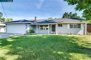 Photo of 172 Beverly Drive, PLEASANT HILL, CA 94523 (MLS # 40875219)
