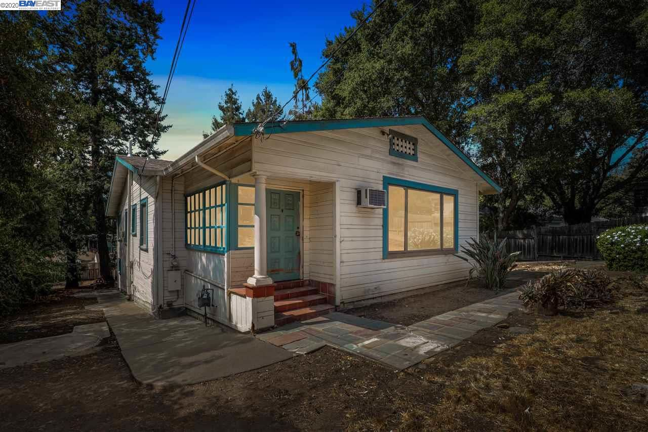 Photo for 3287 GUIDO ST, OAKLAND, CA 94602 (MLS # 40922220)